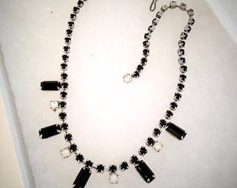 Vintage 1950s 1960s Black Rhinestone Necklace 50s 60s Choker Necklace Costume Jewelry Emerald Cut Cabochon n faceted Mid Century Gift Idea