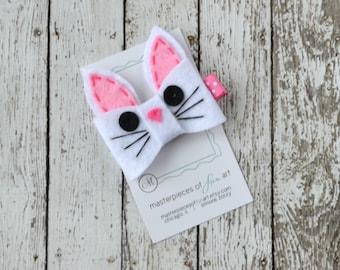 Cute Pink and White Bunny Felt Hair Clip - Felt Rabbit Clippie - cute felt bunny hairbow - Spring hair bows
