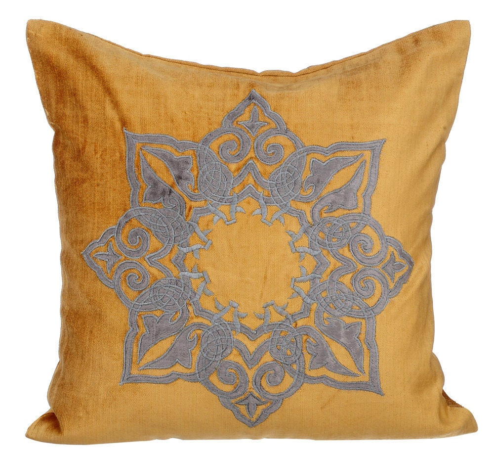Throw Pillows Gif : Gold Decorative Throw Pillow Covers Accent Pillow Couch Toss