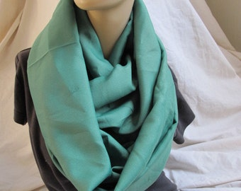 SALE - Deep Green Cowl/Circle Scarf/Infinity Scarf (5387)
