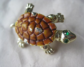 Shabby Turtle Brooch Brown Green Rhinestone Gold Vintage Pin