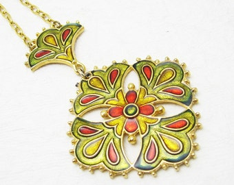 Enamel Maltese Cross Pendant Necklace Fleur de Lis Vintage Jewelry N6905