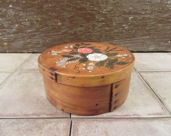 Very nice old around wood pantry box with floral hand painted lid- nice home decor, fine condition, collectible