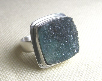 Druzy Gemstone Square Green Ring set in Sterling Silver, Size 6-1/2
