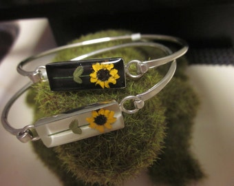 Real Miniature Sunflower Bangle Bracelet - Black silver .  Tiny, Yellow, daisy, leaves, plant, flower, tiny, little, small, dainty, gift