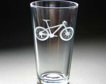 Cycling Etched Pint Glasses Engraved Mountain Bicycle Beer Glasses Set of 2