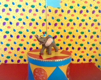 Circus Elephant Treat Box/Gift Box/Centerpiece/Circus Party
