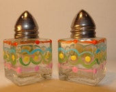 Easter mini salt and pepper glass shakers,