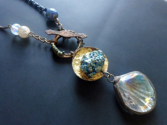 Gratulation. Iridescent assemblage necklace.