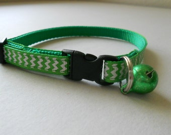 Cat or Kitten Safety Collar - Green and White Chevron Ribbon
