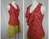Edme + Esylite Retro Paprika Red Ditzy Floral Fitted Sleeveless Blouse with Ruffled Front | Womens Small | 32 Bust | Femme Summer Tops