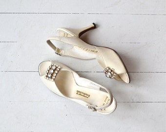 Delacanette heels | vintage 1950s shoes | white wedding 50s heels 6.5