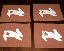 Rabbit Placemats, Set of Four, 12x16 inches, Primitive Bunny, Rust  Homespun, Machine Quilted, Sale Priced, Dining Table Decor