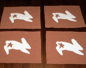 Rabbit Placemats, Set of Four, 12x16 inches, Primitive Bunny, Rust  Homespun, Machine Quilted, Farmhouse, Easter Dining, Table Decor