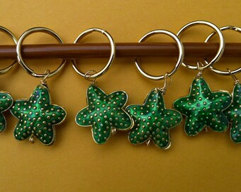 Stitch markers for knitting or crochetting work,  6 pcs, made  cloisonne beads - starfish, large rings, green and gold