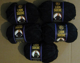 5 Skeins Lion Suede Yarn - Ebony