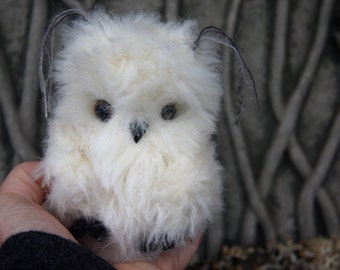 Baby Snowy Owl ... eco friendly Owl (woolcrazy) made to order