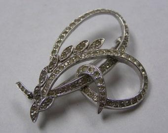 Beautiful Art Deco Rhinestone Swirl Brooch Pin