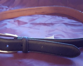 """Ralph Lauren Belt Genuine leather Vintage Size Medium or From Size 27"""" up to  31"""" Navy Blue"""