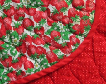 Vintage Quilted Strawberries Placemats