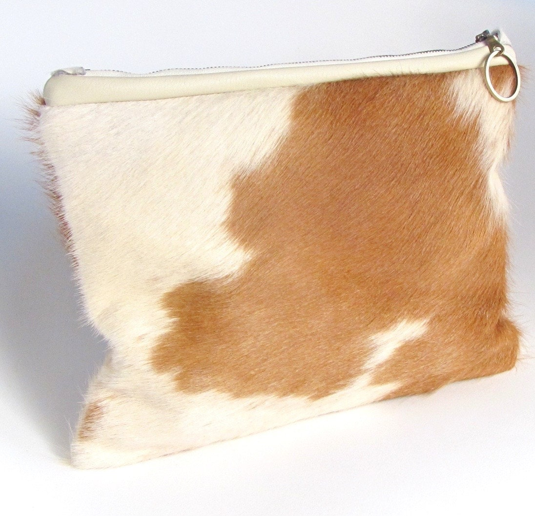 Cowhide Clutch Purse Yves Saint Laurent Rive Gauche Handbag