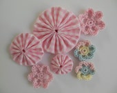 Pink Gingham Yo-Yos and Crocheted Flowers -  Cotton Fabric - Cotton Appliques - Cotton Embellishments