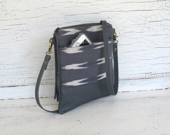 Small Gray & White Guatemalan Cross Body Purse, Shoulder Bag, Small South American Purse