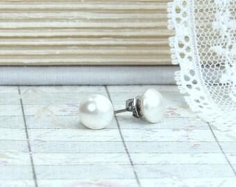 Cream Pearl Studs Pearl Post Earrings Cream Pearl Earrings Surgical Steel Studs Pearl Stud Earrings