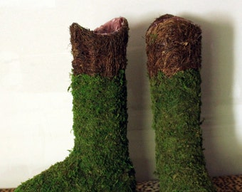 Moss Ugg Boots-My wild mossy garden boot planter-Wild vines and moss-Woodland Garden Wedding-Wild vine and preserved moss-Boot planter