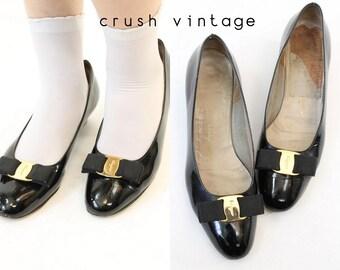 Vintage Ferragamo Vara Shoes 8B / Salvatore Ferragamo Bow Flats / Basanite Pumps