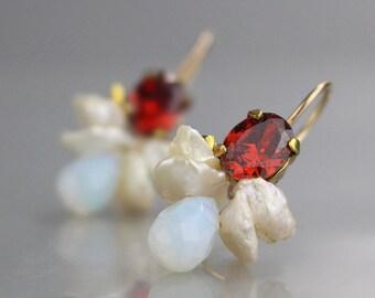 Red Earrings, Unique Bee Earrings, Gemstone Earrings, Unique Jewelry, Summer Earrings, Jewelry for Mom, Boho Chic, Colorful Earrings