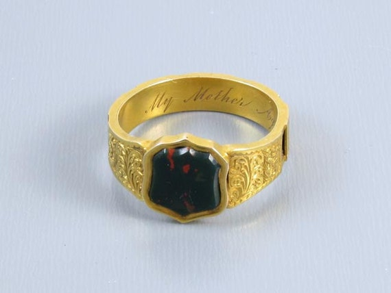 Mans antique mid-Victorian high karat 20K gold Scottish bloodstone Memento Mori Mourning In Memory Mother hair band ring, size 9