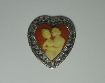 Large Vintage Courting Couple Cameo HEART Brooch