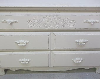3-Drawer Dresser, Distressed White Cottage Style - DR502 Shabby Chippy Farmhouse Chic