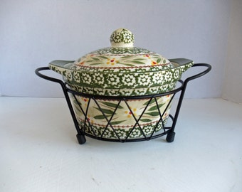 Green Floral 1-Quart Covered Casserole with Metal Holder