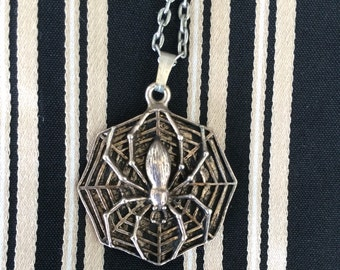 Vintage Spider and Web Necklace and Pendant Silver Tone Metal