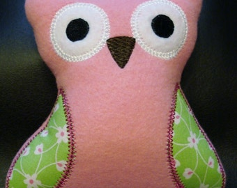 OWL Toys   Give a Hoot    Fleece Stuffed TOY with SQUEAKER  Ready to Ship