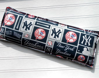 New York Yankees: Flax Seed & Lavender Pillow, Heating Pad, Microwaveable Warm Compress and Freezer Ice Pack, 4 Sizes Available