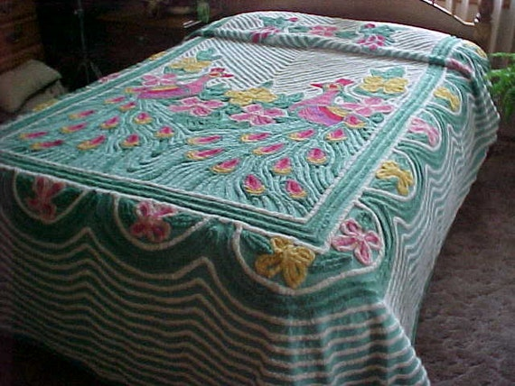 peacock chenille couvre lit vert fond tr s peluche excl tat. Black Bedroom Furniture Sets. Home Design Ideas