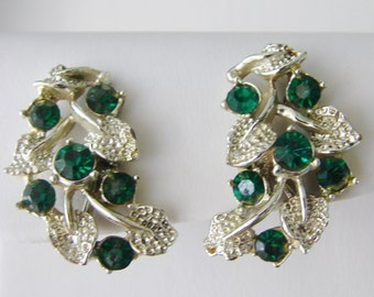 Vintage silver leaf earrings with green rhinestones (A7)