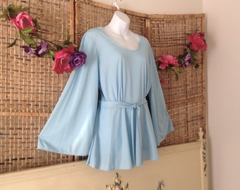 Vintage Baby Blue Angel Bell Sleeve Long Polyester Hippie Top Blouse Sz Large X Long Sleeves