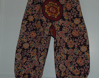 Kids Hippie Harem Pants-Size 4-Wine Burgundy flower- Loose elastic at ankle - Boys or Girls