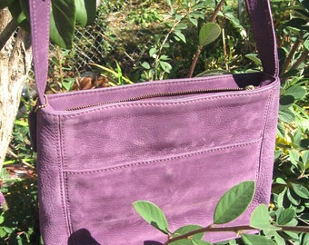 Mom's Purple Coach Bag On Sale Nubuc Nubuck Leather Fine Quality Vtg Cross Body Long Strap Pristine Satin Interior w Multiple Compartments