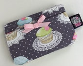 Dolly Bags - Coin Purse in Fancy Cupcakes