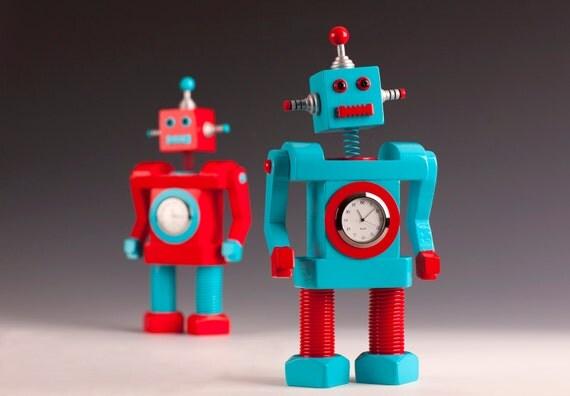 Robot Bobblehead Clock Blue&Red