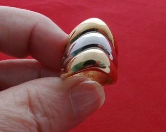High end vintage new old stock NOS size 4.75 gold and silver tone ring in unworn condition