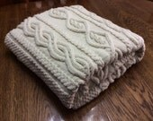 HOLIDAY SALE, Chunky Hand Knit Blanket, Off-white 49x62