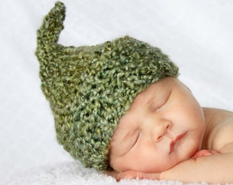 KNIT BABY HAT - Hand Knit Elf Hat in Green Yarn  Photography Prop