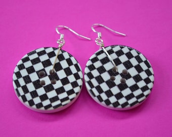 Button Bothy Button Earrings Black and White Check Button approx 30mm Ska Sterling Silver Ear Hooks (SE31)