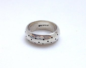 POLKA DOT Vintage Mexican Sterling Silver Band Oxidized